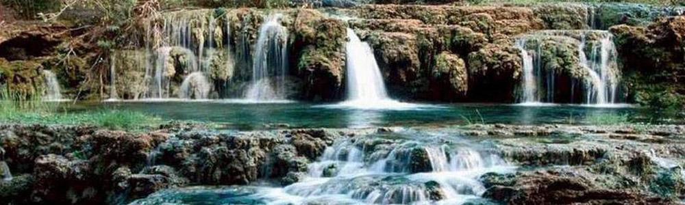 响水湖长城风景区特点